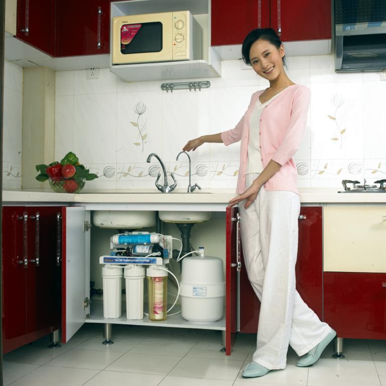 上海净水器换滤芯维修销售安装净水器虹桥路服务公司