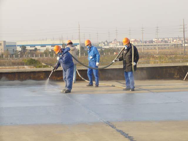 南京专业免费上门查漏:屋顶裂缝渗水-外墙裂缝渗水-窗框注浆防水