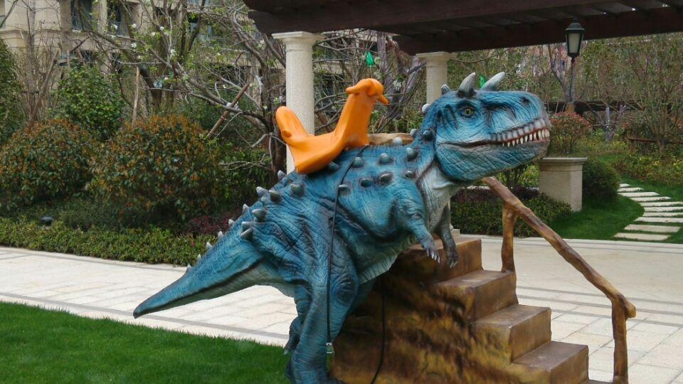 欢乐互动六一大奉送展览恐龙秀变形金刚